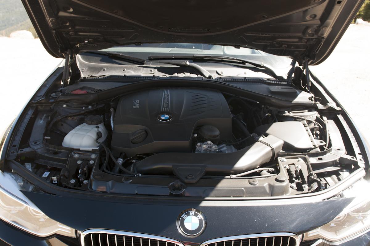 2012 BMW 335i Sedan Review -- Review - image dsc_0162 on https://gearandgrit.com