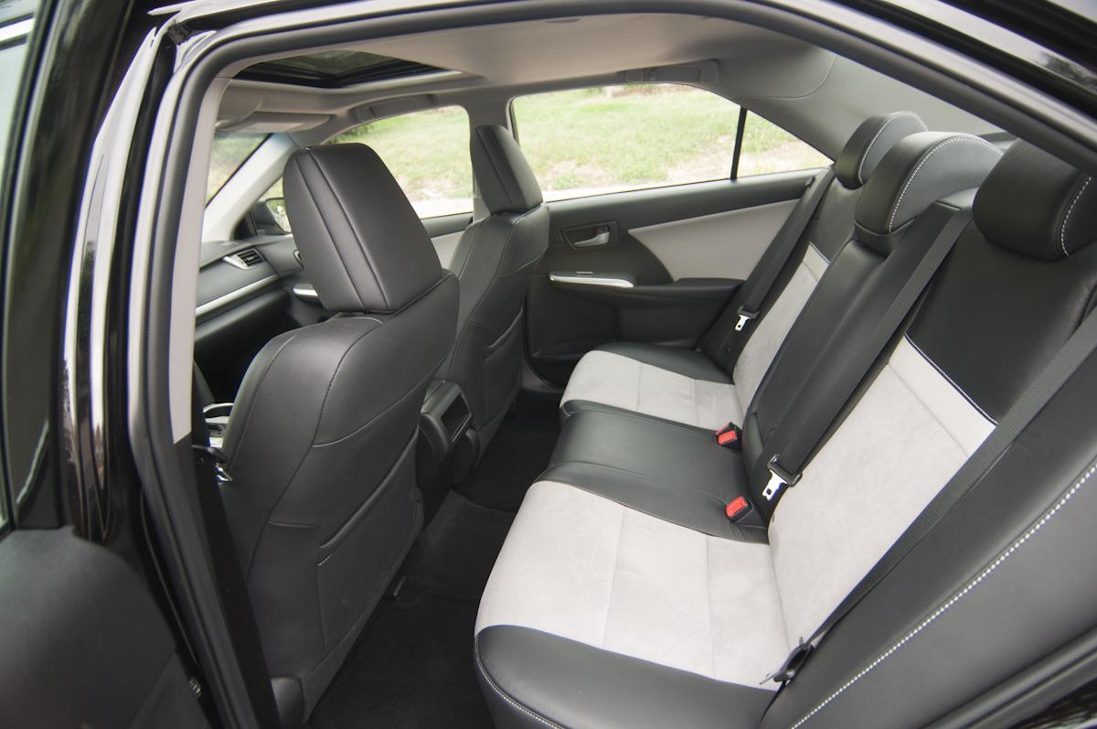 2012 Toyota Camry SE V6 Review    Review