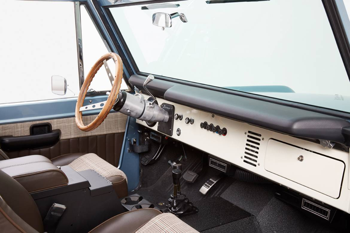 I Really Want A 200000 1971 Bronco From Classic Ford Broncos Interior Naples